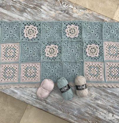 Granny Squares Crochet Blanket – 1920's Style