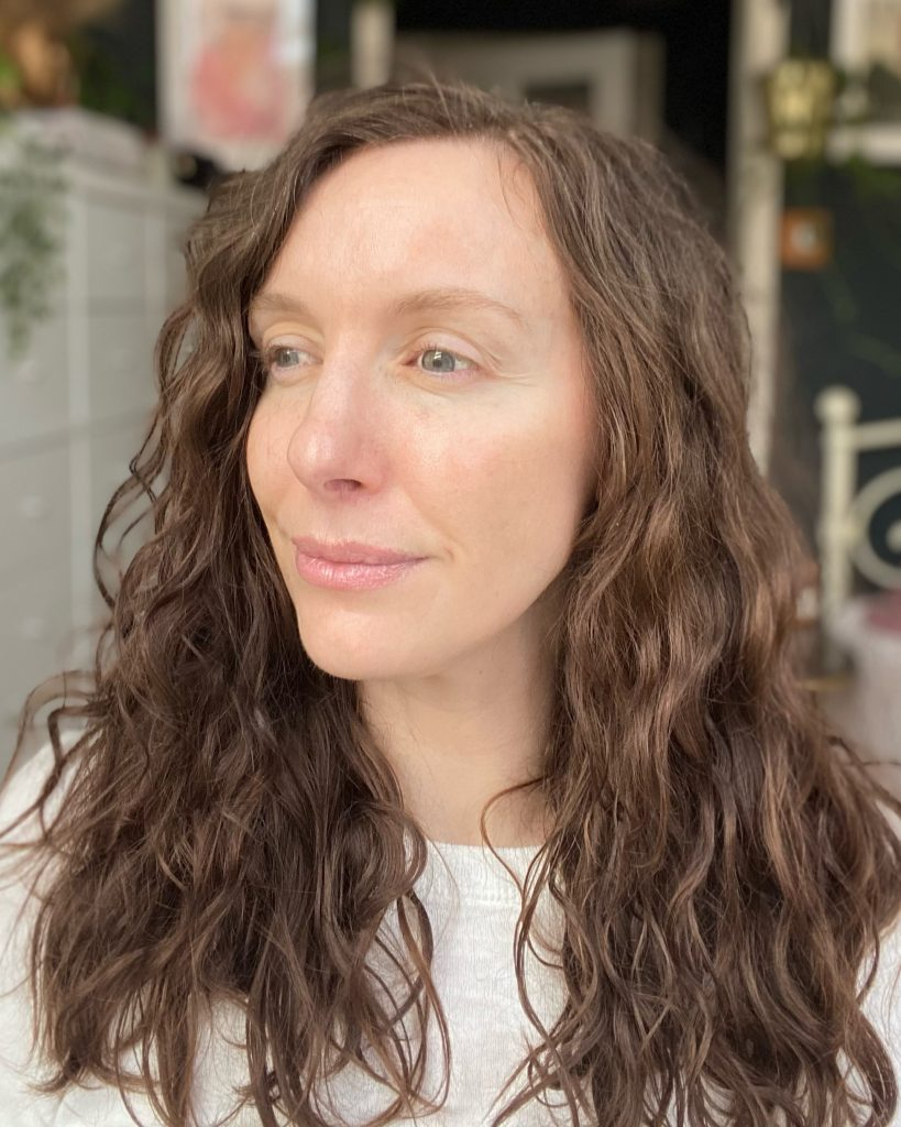 My natural curly hair, air dried without Loreal 8 Second Wonder Water hair conditioner