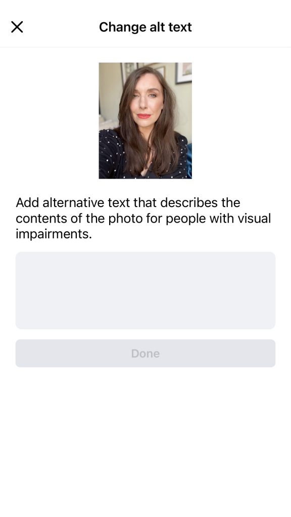 A screen shot of adding or changing the alt text on a Facebook post.